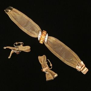 Jewelry - Hobe Gold Mesh Bow Braclet & Earring Set